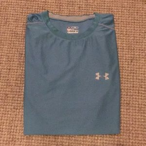 Men's XL fitted Under Armour T-shirt. Blue.